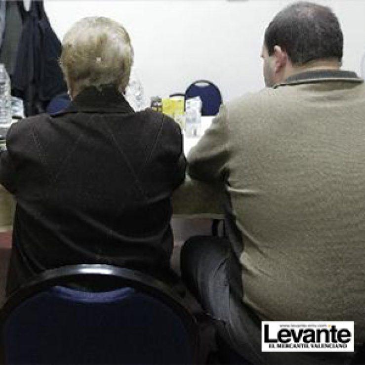 """""""He llegado a comer congelados y a rescatar donuts de la basura"""" – Artículo en el Diario """"Levante"""""""