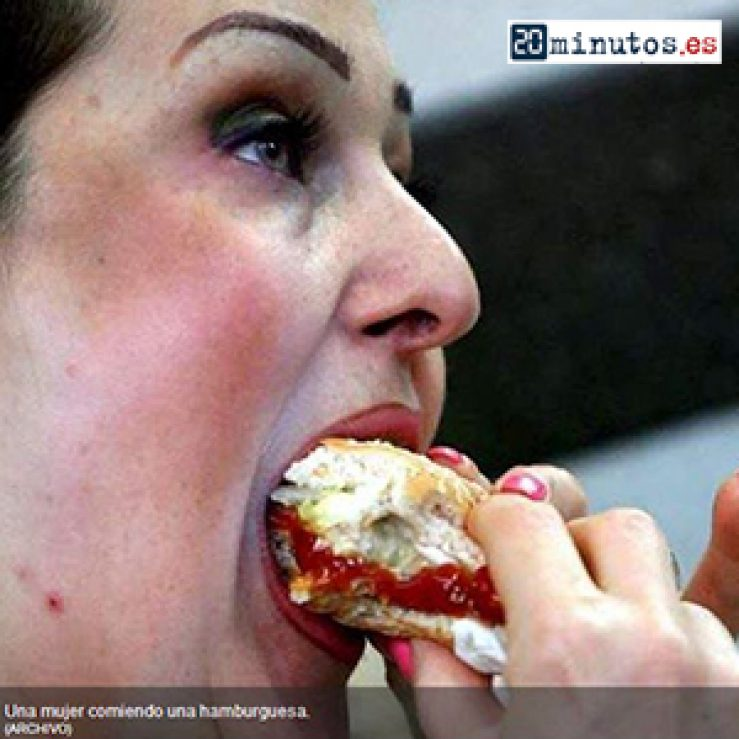 Comer sin parar para evadirse de la realidad – Artículo en «20 Minutos»